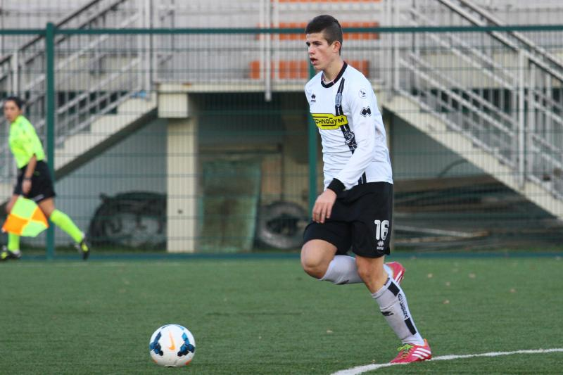 fm 2014 player profile of luca valzania